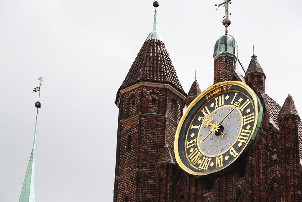25 zegar kosciol mariacki gdansk