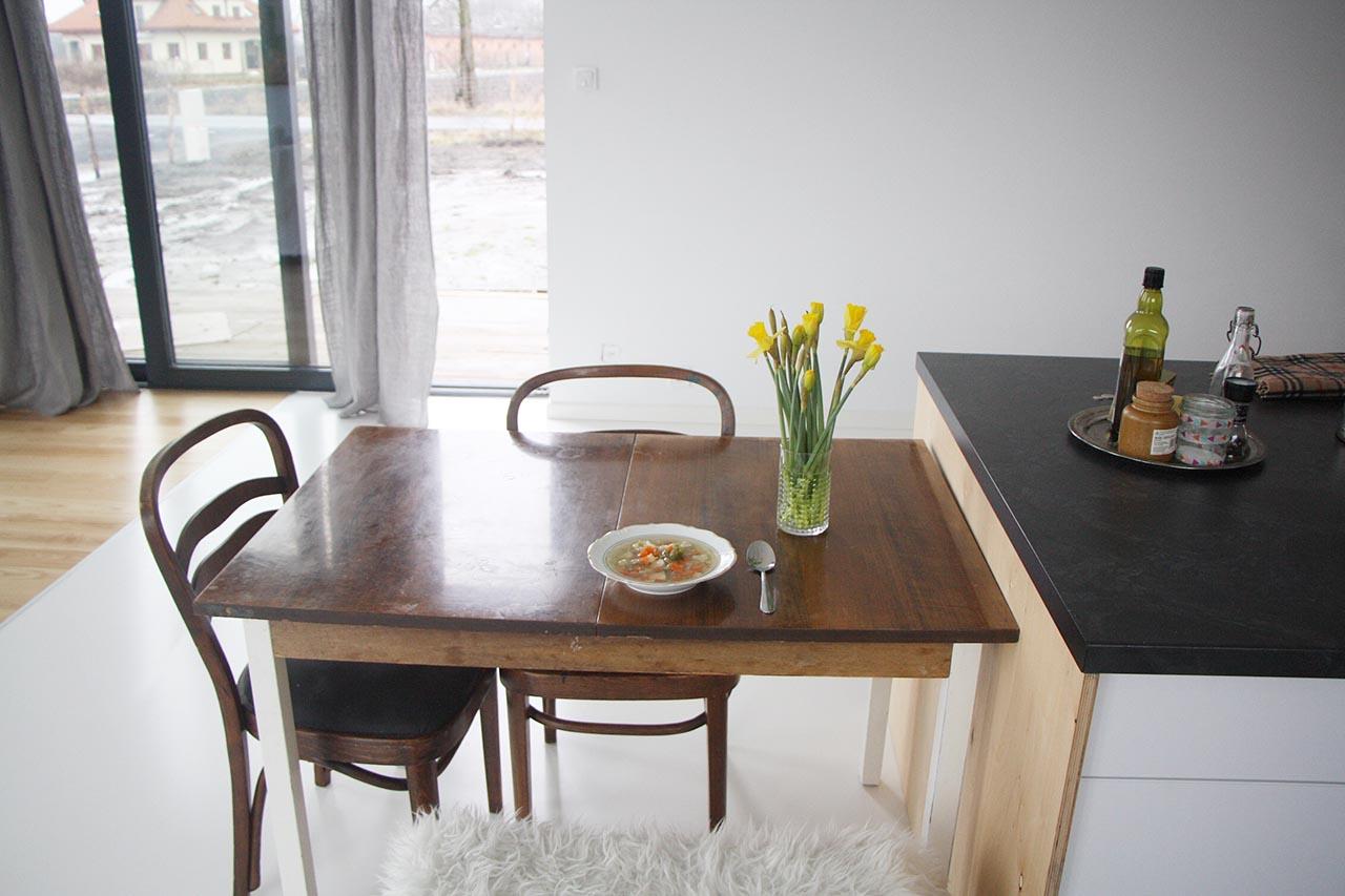 krzesla stol